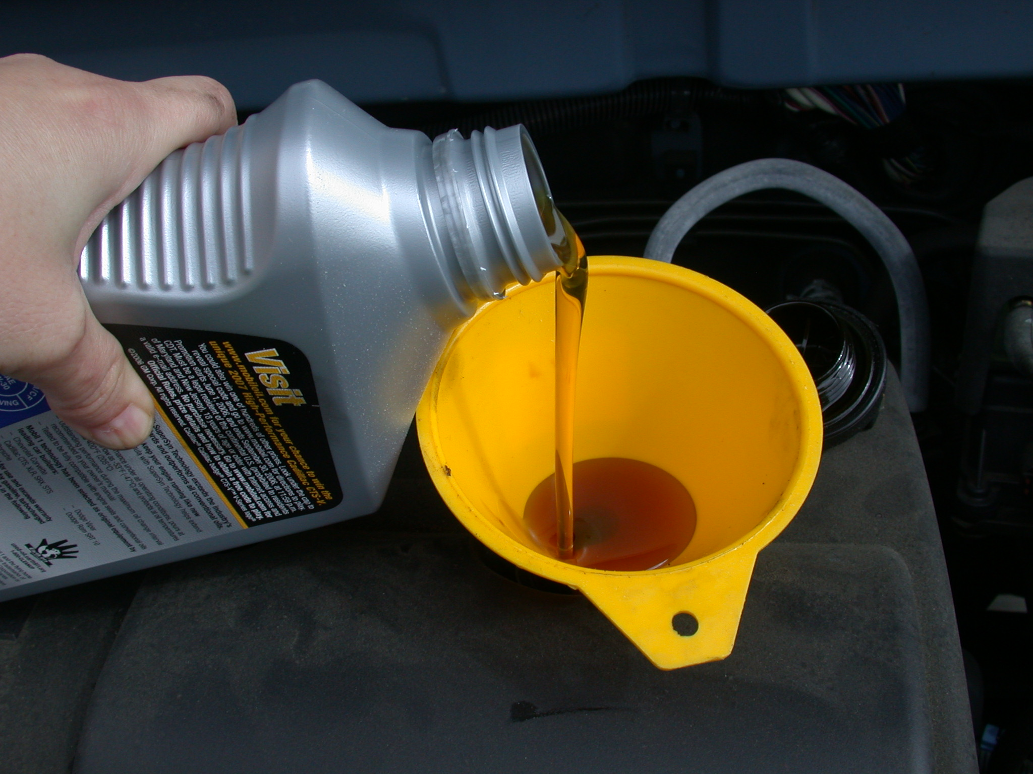 Understanding The Viscosity of Engine Oil & Deciphering the numbers