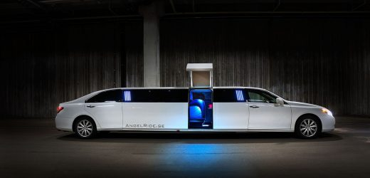 10 Compelling Reasons to Hire a Limousine