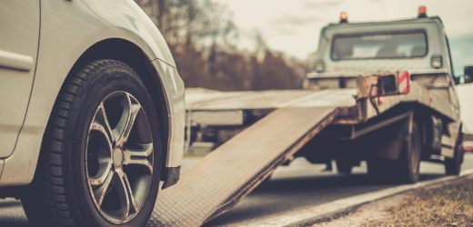 5 Things to Check Before Calling a Tow Truck