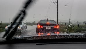 5 Reflexes for Driving in the Rain