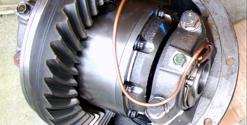 Characteristics and Use Of a Self-Locking Differential | Automotive Topics